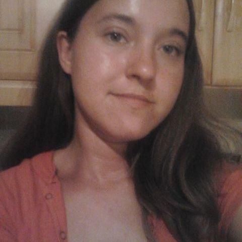 Erika, 31 éves társkereső nő - Fényeslitke