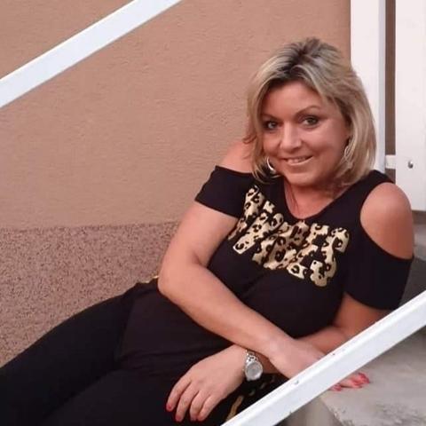 Helga, 48 éves társkereső nő - Piliscsaba