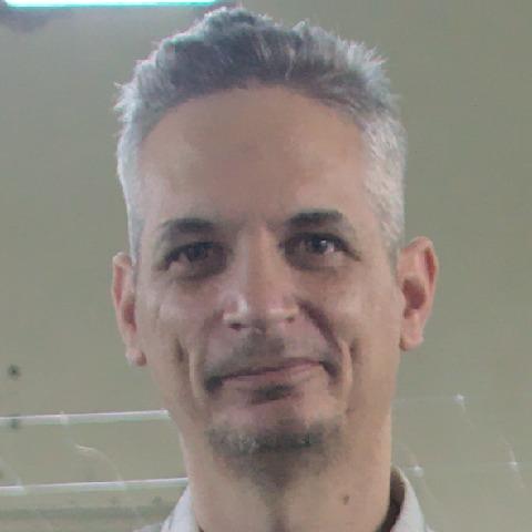Szilárd, 43 éves társkereső férfi - Töltéstava