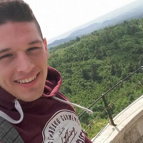 Zoltán, 25 éves társkereső férfi - Paks