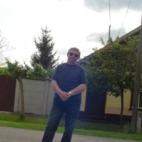 Jani, 61 éves társkereső férfi - Békés