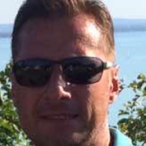 Gábor, 48 éves társkereső férfi - Veszprém