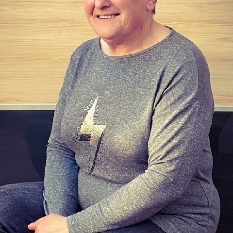 Zsuzsa, 62 éves társkereső nő - Zalaegerszeg