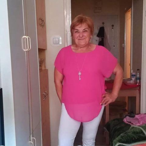 Zsuzsa, 61 éves társkereső nő - Zalaegerszeg