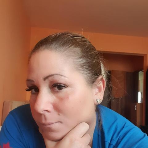 Csilla, 39 éves társkereső nő - Budapest