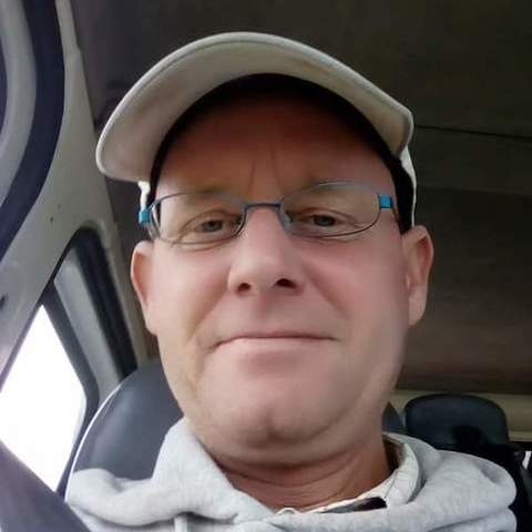 Attila, 46 éves társkereső férfi - Várpalota