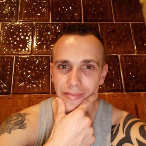 Róbert, 36 éves társkereső férfi - Nyírbogdány