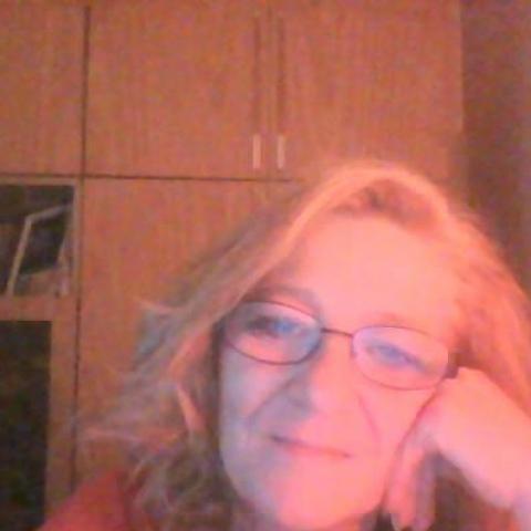 Melinda, 58 éves társkereső nő - Salgótarján