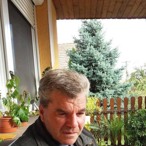 Robi, 48 éves társkereső férfi - Táborfalva