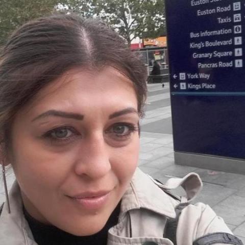 Szilvia, 38 éves társkereső nő - Southampton