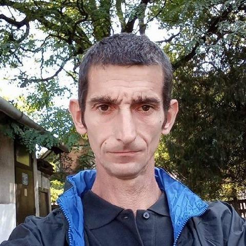 Gyula, 46 éves társkereső férfi - Ceglédbercel