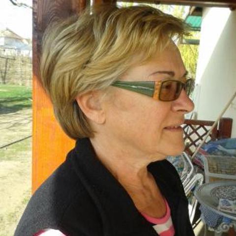 Anikó, 65 éves társkereső nő - Mátészalka