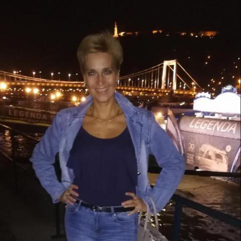 Olgi, 41 éves társkereső nő - Budapest