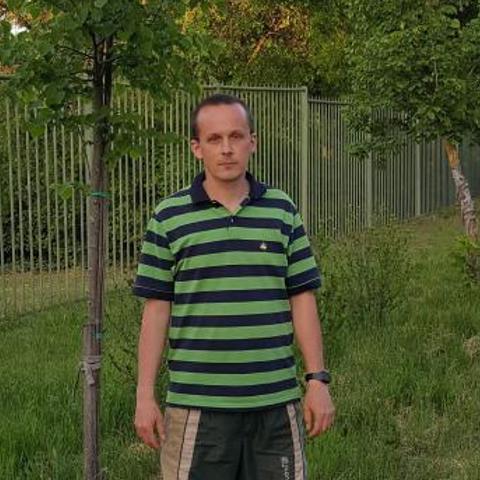 Miki, 41 éves társkereső férfi - Komárom