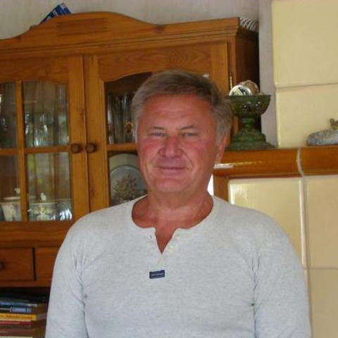 Árpád, 66 éves társkereső férfi - Szigetszentmárton