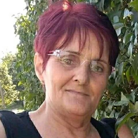 Ági, 59 éves társkereső nő - Tét