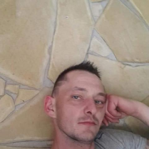 Márkó, 29 éves társkereső férfi - Debrecen
