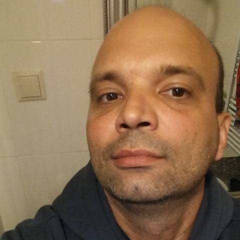 Robi, 45 éves társkereső férfi - Üllő