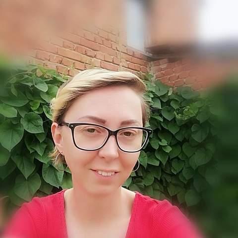 Mónika , 28 éves társkereső nő - Zalaújlak