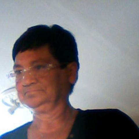 Erzsébet, 63 éves társkereső nő - Karancskeszi