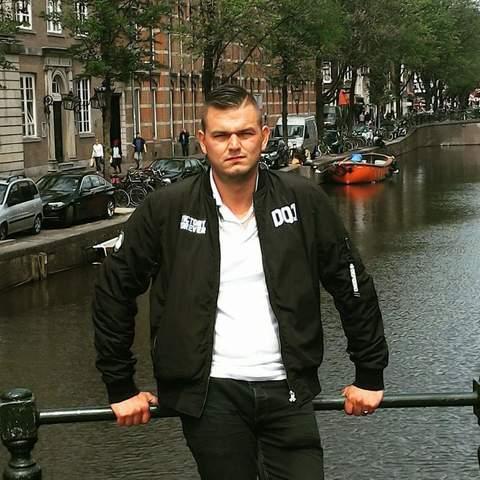 Roland , 33 éves társkereső férfi - Szeged