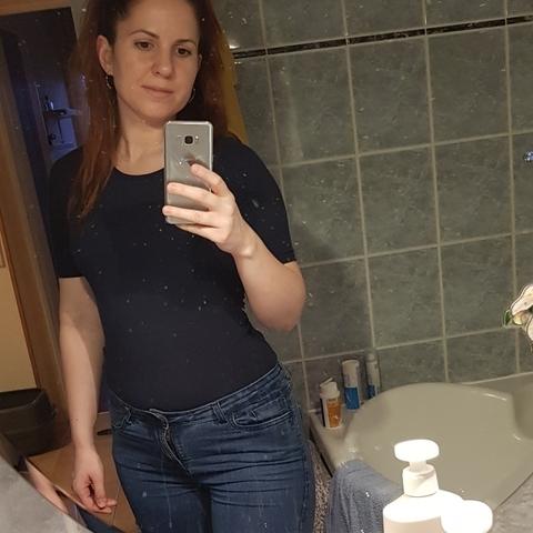 Csilla, 35 éves társkereső nő - Budapest