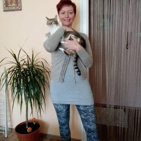Szilvia, 43 éves társkereső nő - Székesfehérvár