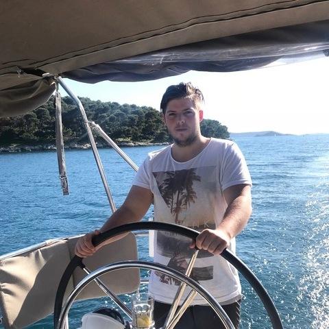 Patrik, 23 éves társkereső férfi - Budapest