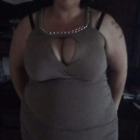 Ágnes, 30 éves társkereső nő - Terem