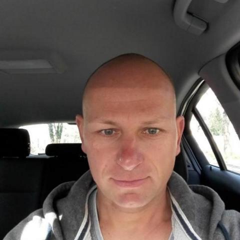 Zsolt, 47 éves társkereső férfi - Győr