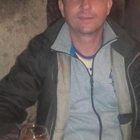 Zsolt, 49 éves társkereső férfi - Aba