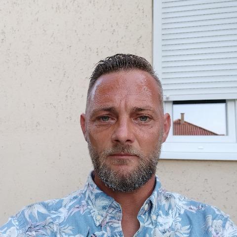Zsolt, 41 éves társkereső férfi - Debrecen