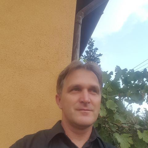 Laci, 45 éves társkereső férfi - Békésszentandrás