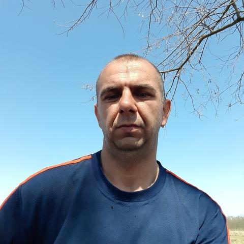 Csaba, 37 éves társkereső férfi - Nyírmártonfalva