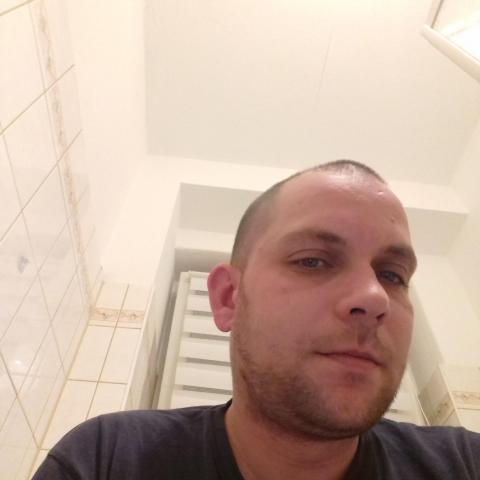 Norbert, 30 éves társkereső férfi - Kazincbarcika