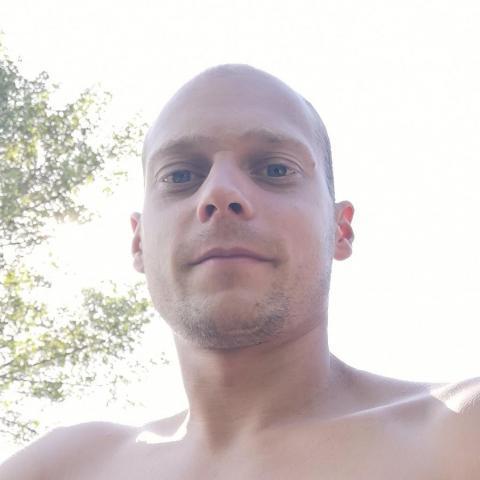 Bence, 26 éves társkereső férfi - Füssen