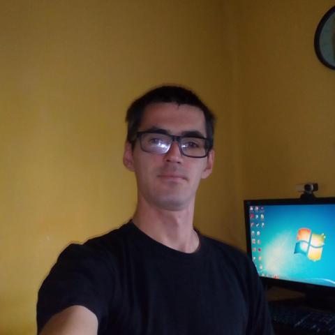 Tomi, 29 éves társkereső férfi - Tiszalök