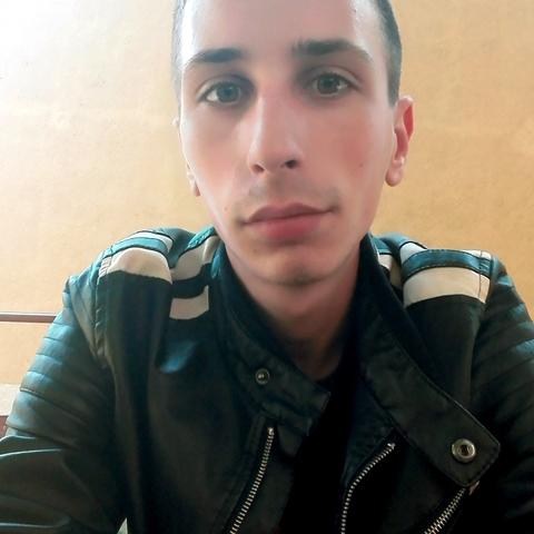 Tamás, 25 éves társkereső férfi - Tiszavasvári