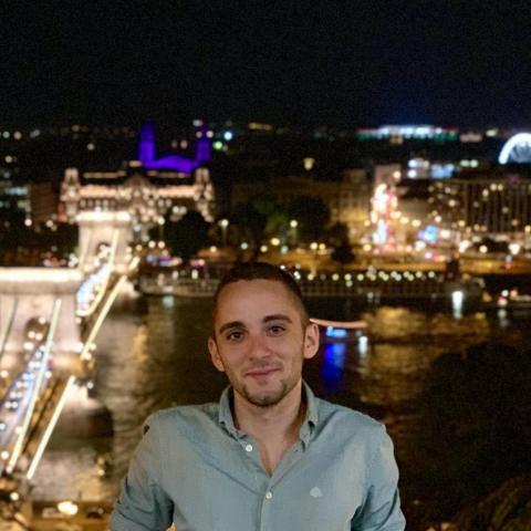 Gábor, 23 éves társkereső férfi - Budapest