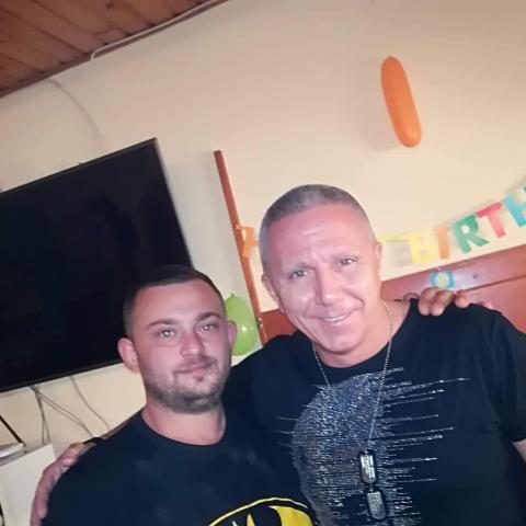 István, 33 éves társkereső férfi - Lengyel