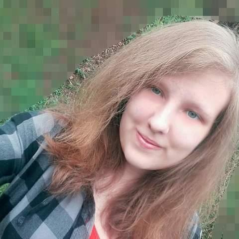 Alexa, 19 éves társkereső nő - Ózd