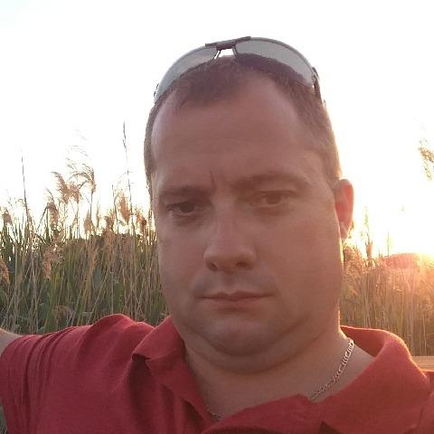 Zoli, 37 éves társkereső férfi - Ceglédbercel