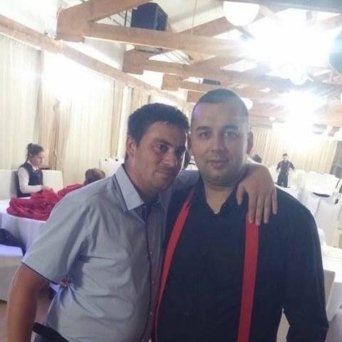 Bence, 31 éves társkereső férfi - TordaSzentlaszlo