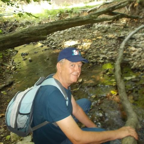 István, 69 éves társkereső férfi - Komló