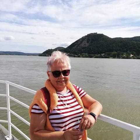Katalin, 66 éves társkereső nő - Vác