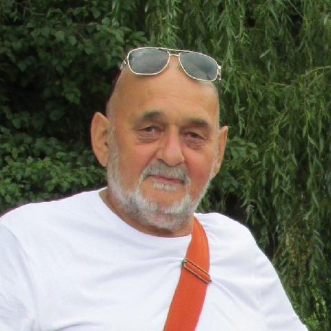 Gyula, 75 éves társkereső férfi - Makó