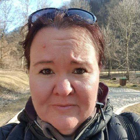Vivien, 40 éves társkereső nő - Szentendre