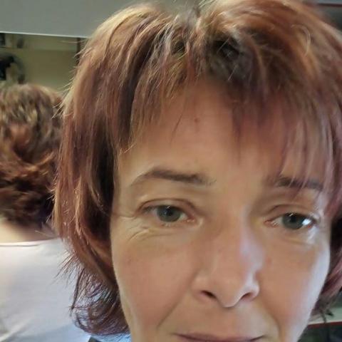 Henrietta, 45 éves társkereső nő - Miskolc
