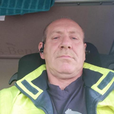 janos, 55 éves társkereső férfi - Szekszárd