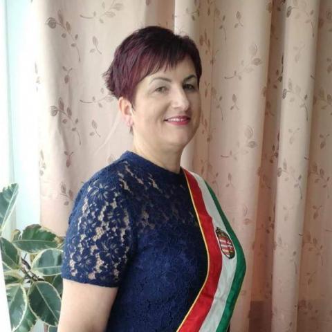 Brigitta, 46 éves társkereső nő - Bolhó